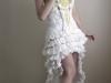 Suknia ślubna z papieru toaletowego