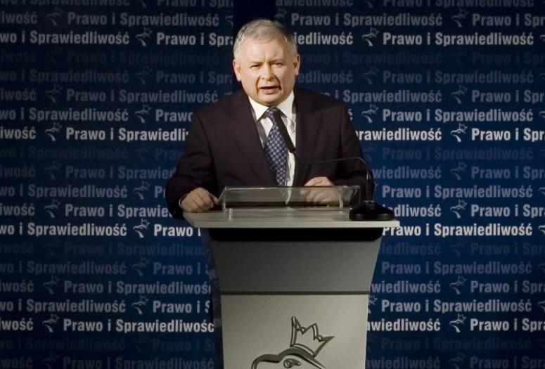 Sprzedano kartę SIM Kaczyńskiego