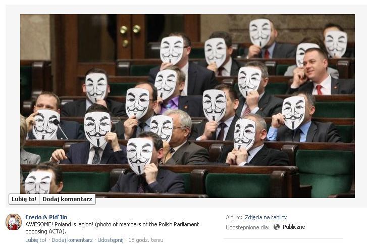 Posłowie Ruchu Palikota w maskach V