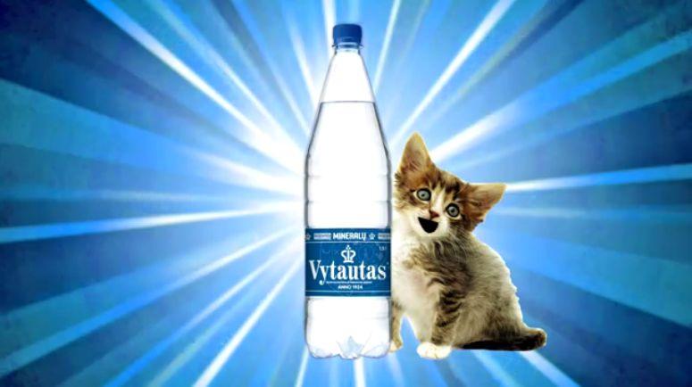 Dziwna reklama wody mineralnej