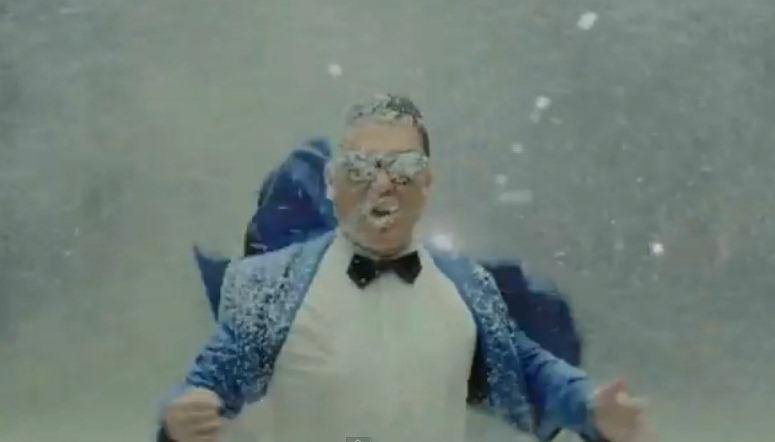 Gangnam Style vs. Last Christmas