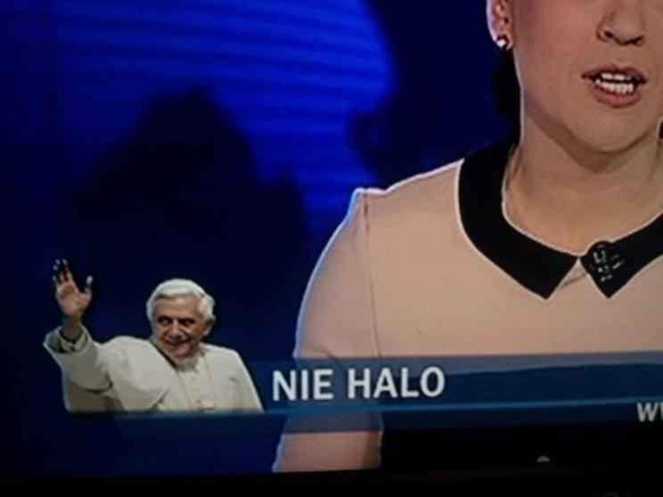 """Zdaniem Wiadomości TVP decyzja Benedykta XVI jest """"nie halo""""?"""