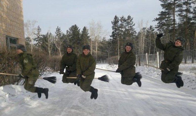 Hogwarting - nastolatki z Rosji latają na miotłach