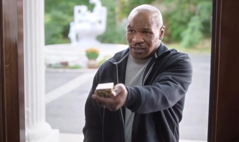 Tyson oddaje odgryzione ucho