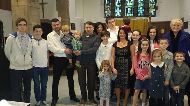 Państwo Radford z Wielkiej Brytanii mają już 16 dzieci, a siedemnaste jest w drodze